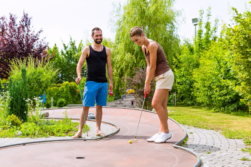 Choosing the Perfect Location for Your Mini Golf Course