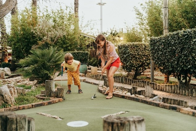 4 Miniature Golf Course Design Ideas