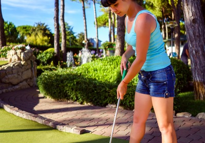 How to Improve Your Putt-Putt Game