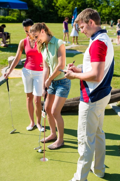 How to Choose the Best Builder for Your Mini Golf Course