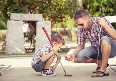 4 Benefits of Mini Golf for Kids