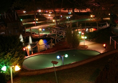 Key Considerations When Working with Miniature Golf Course Builders